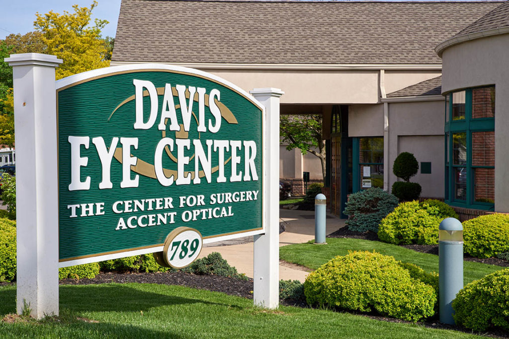 LASIK & Cataract Removal in Akron, Ohio